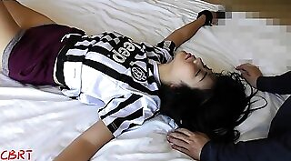 Chinese Teen Cam Show Shows Leggings and Curves. Japan