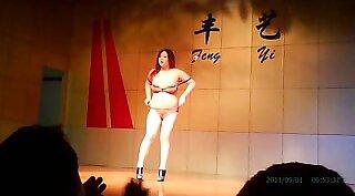Chinese dance class -ÒBeyondTheMoonÒ Mos Iman and Noia Hanai