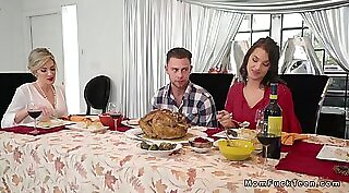 Cheating gf pussylicked in family kitchen